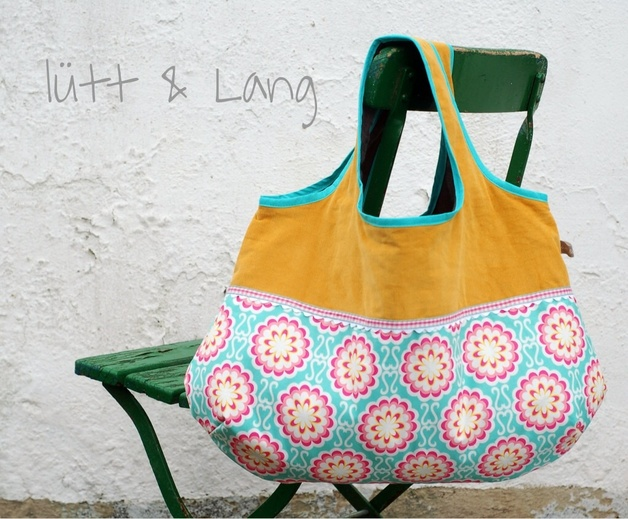 Tote Bag by Die Elberbsen - purchase from Dewanda Shop