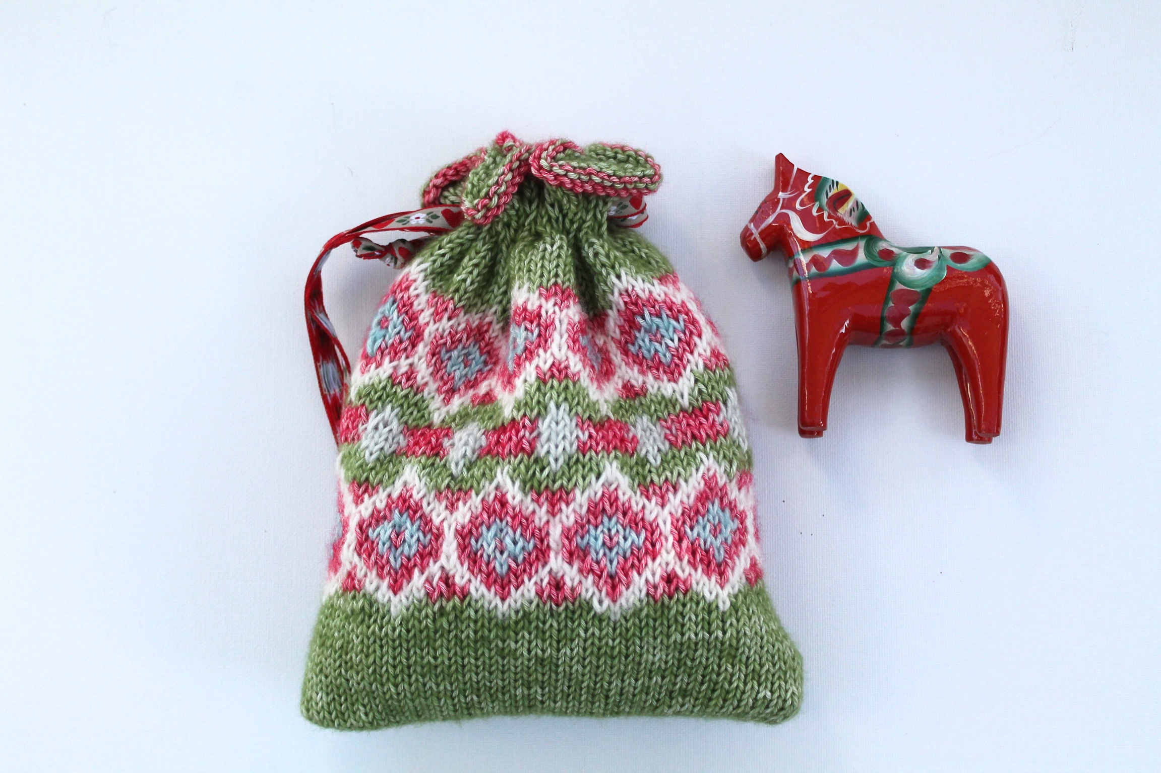 Free Knitting Patterns – Made With Loops