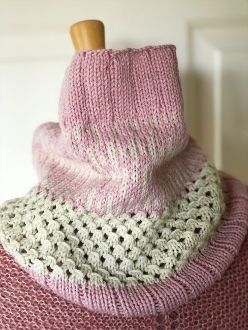 #madewithloops.co.uk #willow and lark #icicles cowl